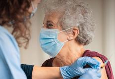 35% das pessoas com mais de 80 anos já foram vacinadas